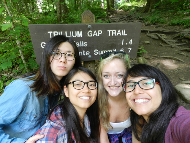 image of team at trillium gap-640w